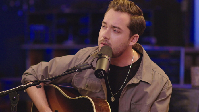 Runs In The Family feat Kassi Ashton Live From The Bluebird Cafe
