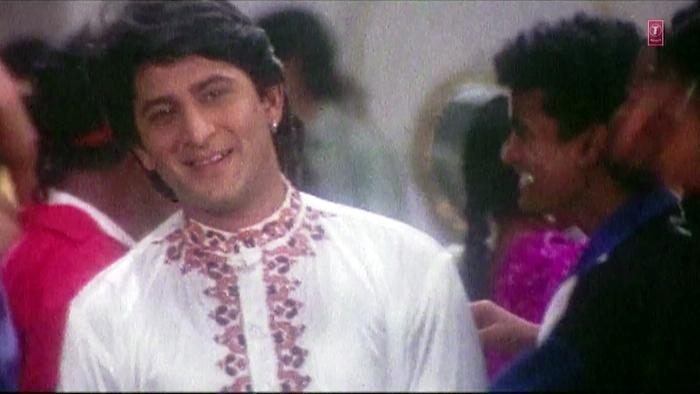 Chand Nazar Aa Gaya