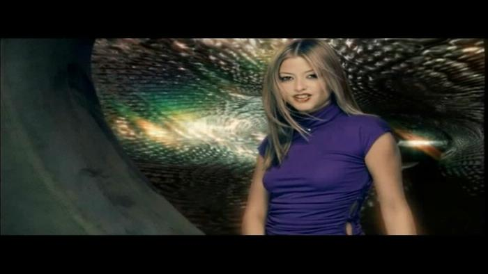 Kiss Kiss Video Video Song From Holly Valance Kiss Kiss English Video Songs Video Song Hungama