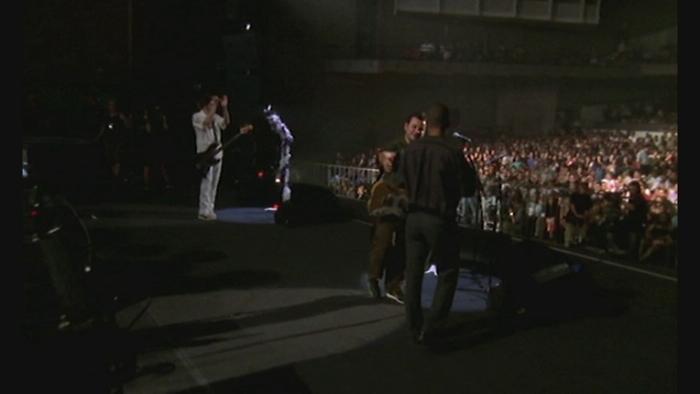 Kevin Carter Live in Cuba