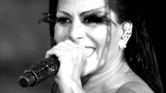 Volverte A Amar Live At Palacio De Los Deportes Mexico2011