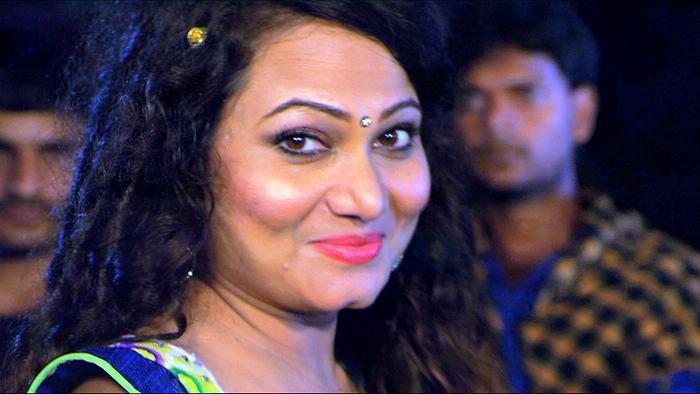 Aaire Chekhe Jaa