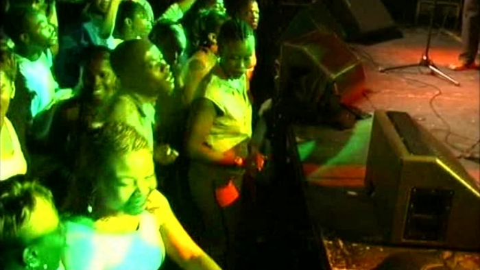 Perseveré  Live 2004