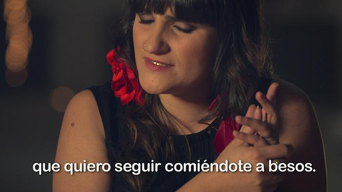 Comiendote a Besos Videoclip Subtitulado