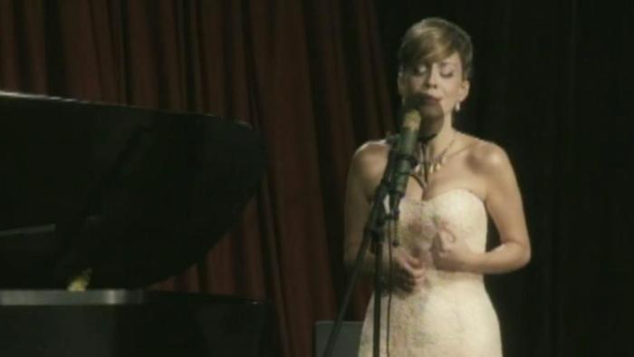 Perfidia Version En Vivo Video