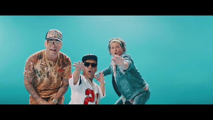Si Me Das Tu Amor Official Video