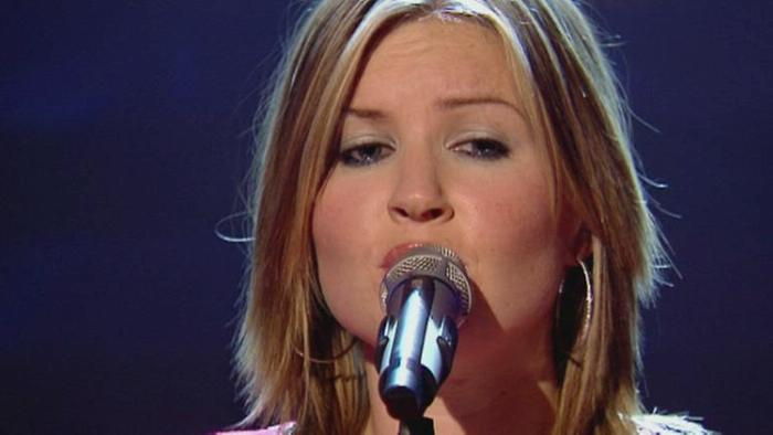 White Flag Top Of The Pops 2003