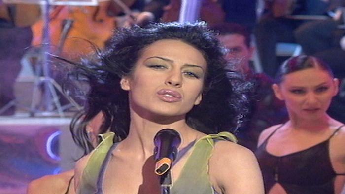 Enamorada Gipsy English Version Remix Actuación TVE
