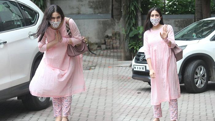 Sara Ali Khan Spotted At The Office Of Aanand L Rai