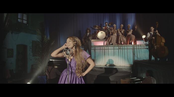 Te Lo Advierto Official Video