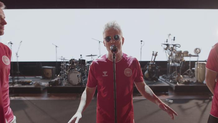 Hele Danmark Op At Stå Lyric video