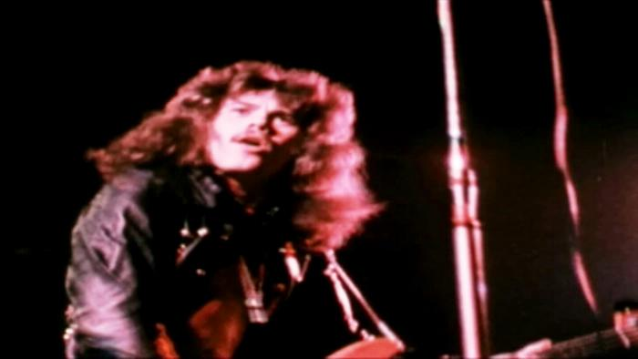Roll Over Lay Down DVD Extra  Live At Wembley 1974