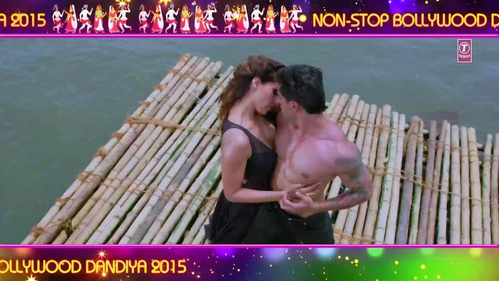 Dheere Dheere Se Non Stop Bollywood Dandiya2015