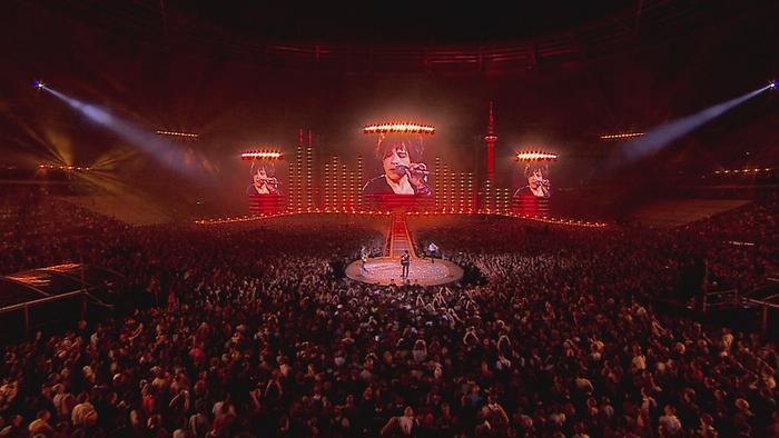 A lassaut des ombres sur lo Black City Concerts au Stade de France 2014