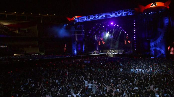 Thunderstruck Live at River Plate  Concert Clip