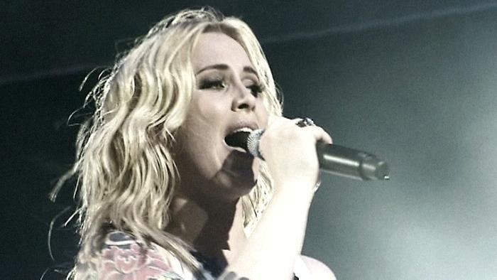 Girl Live From Ahoy RotterdamNetherlands2005