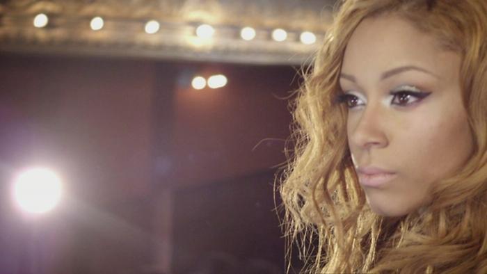 Tout làhaut Clip officiel Official Music Video