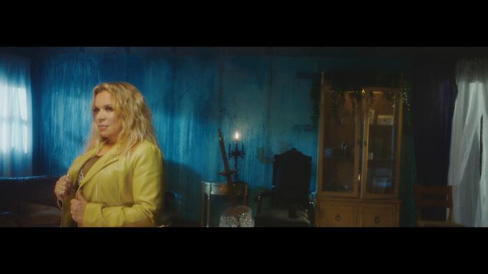 No Pienso Volver Official Video