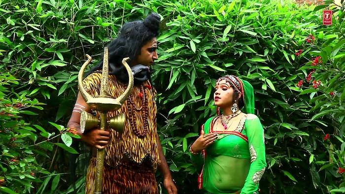 Dheere Dheere Aapan Damruwa Bajaeen