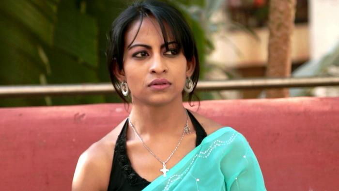 Pinjre Mein Panchhi  Female