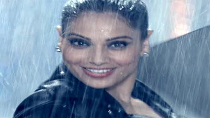 Sawan Aaya Hai Video Song From Creature Hindi Video Songs Video Song Hungama