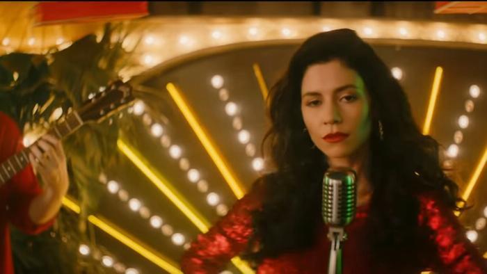 Baby feat Marina and the Diamonds  Luis Fonsi