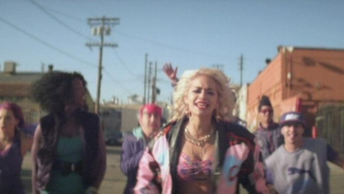 Hot Right Now Videoclip