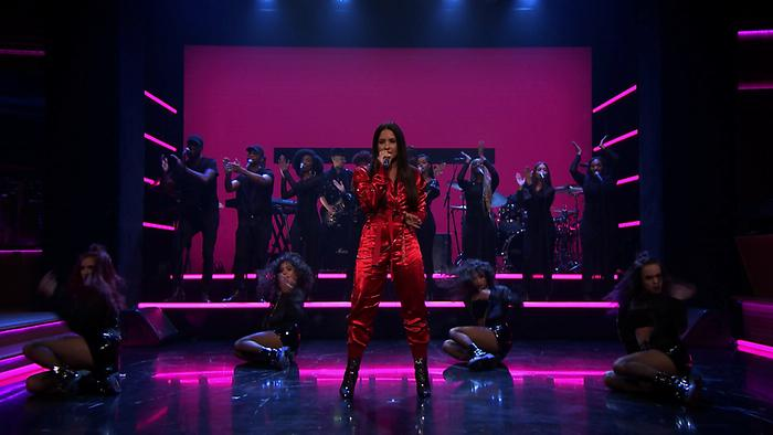 Sorry Not Sorry Live On The Tonight Show Starring Jimmy Fallon