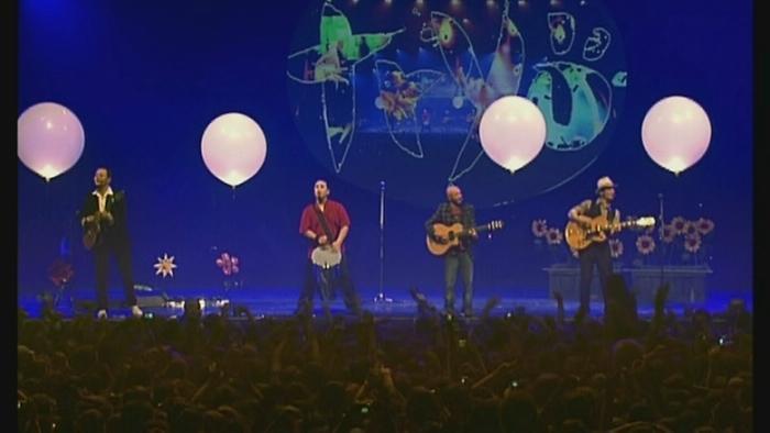 Medley Tryo fête ses 10 ans au Zénith de Paris 2005 Live Video