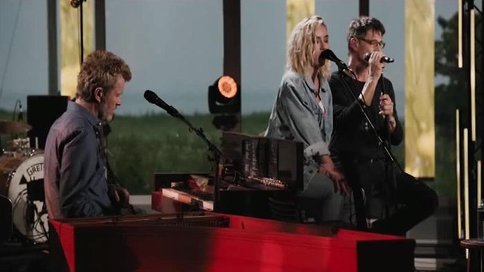 The Sun Always Shines On TV MTV Unplugged