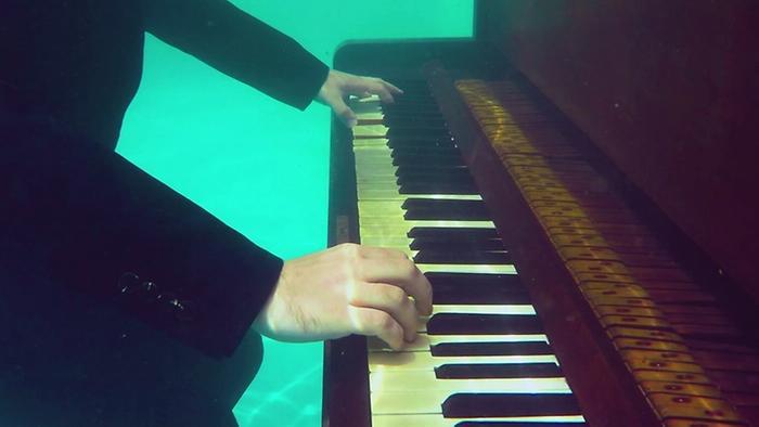 Velho Piano Videoclipe