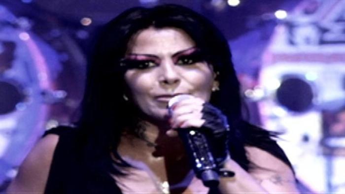 No Te Lo Tomes Personal Live At Palacio De Los Deportes Mexico2011