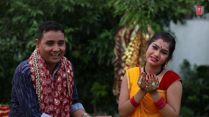 Nimiya Pa Jhulua Lagwani Bhawani