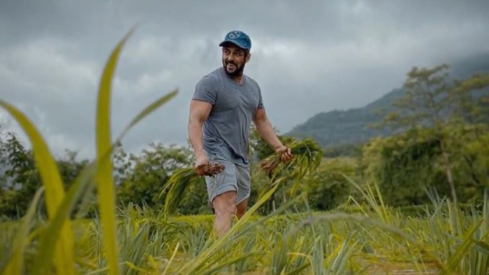 Salman Khan Shoots From Panvel Farmhouse Says He Is Growing Rice For Show