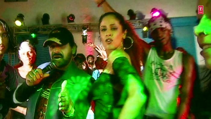 Riksha Chalaya Pyar Mein